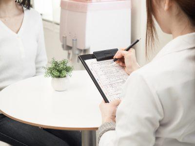 Vitamin B17: Komplementäre Krebstherapie nur gefährliche Abzocke?